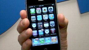 VIDEO: Forget Bugs, Worms Buzz iPhone
