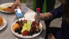 VIDEO: The HapiFork vibrates when you eat too much and pairs with your phone.