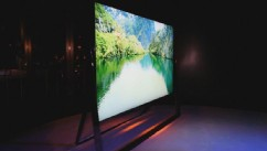 VIDEO: Samsung mixes style and ultra-high definition in its 4K TV.