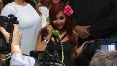 VIDEO: Snooki unveils Snooki Couture by Nicole Polizzi.
