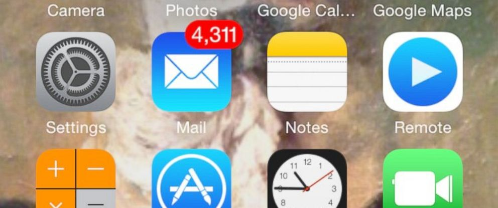 PHOTO: How to effectively spring clean a cluttered email inbox.