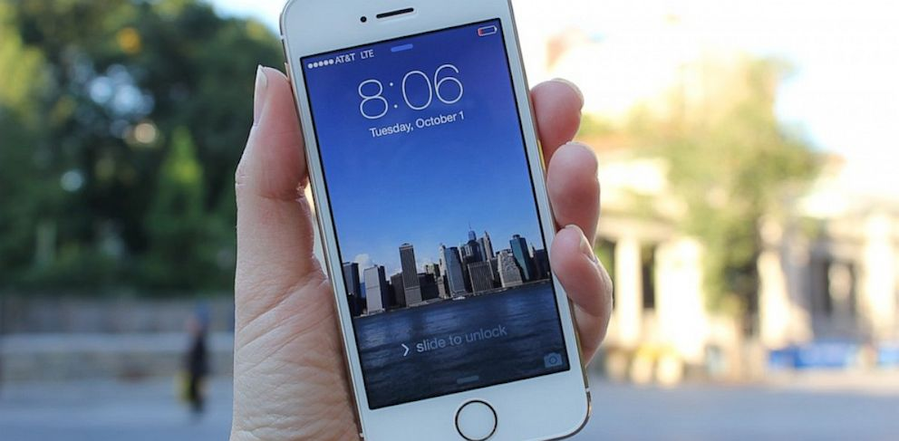 PHOTO: iPhone 5s