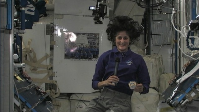 VIDEO: Commander Suni Williams speaks from the International Space Station with ABC News Lisa Stark.