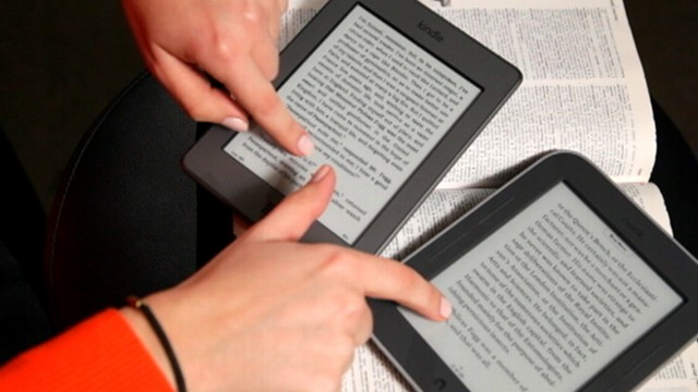 video: Nook and Kindl e-reader reviews by Joanna Stern.