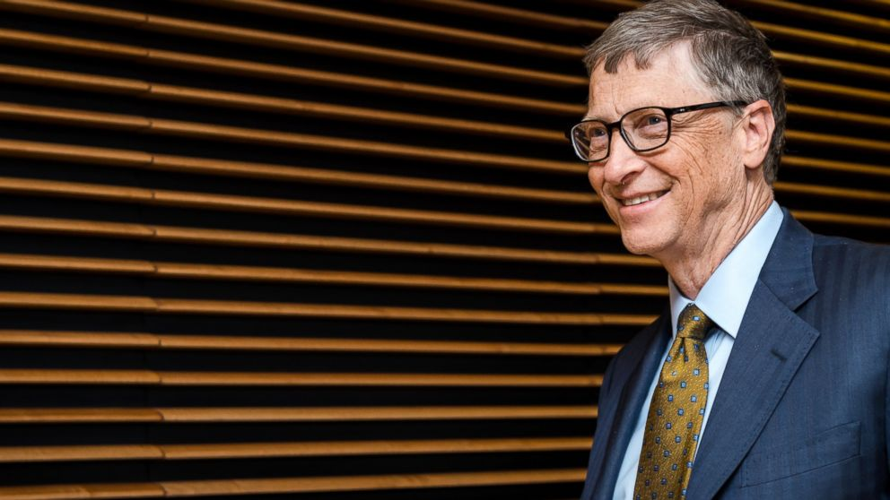 PHOTO: Microsoft founder Bill Gates arrives at the European Commission headquarters in Brussels, Jan. 22, 2015.