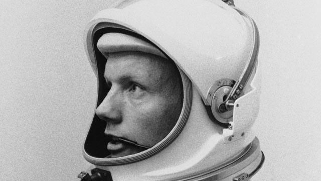 Neil Armstrong, First Man on Moon, Remembered as Hero, but Called ...