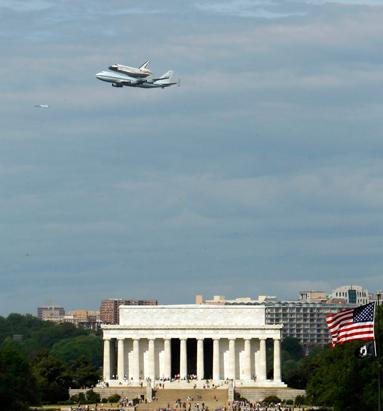 Discovery Makes Final Flight