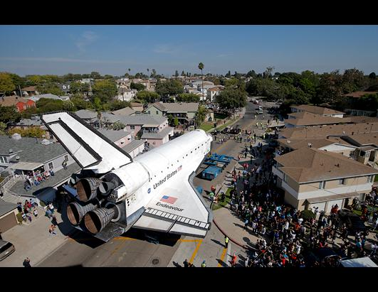 Shuttle Endeavour Heads Toward Final Home