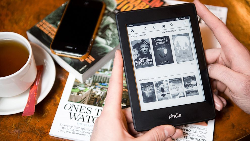 PHOTO:  Kindle Paperwhite e-reade