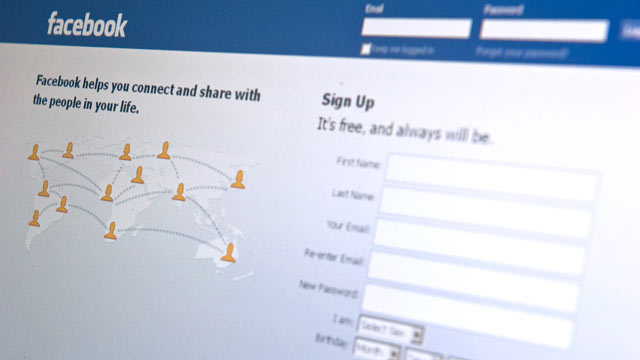 PHOTO: Over 61 percent of Facebook users have taken a voluntary break from the service, say