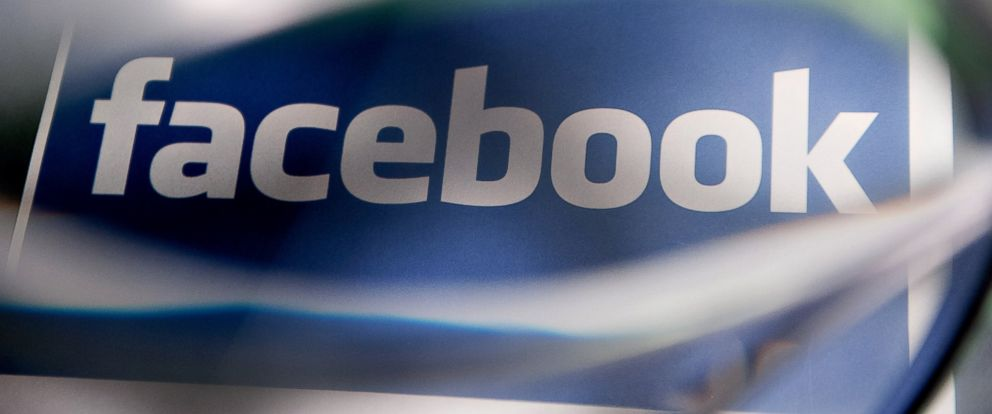 PHOTO: A Facebook Inc. logo is displayed for a photograph in Tiskilwa, Ill., Jan. 29, 2013.