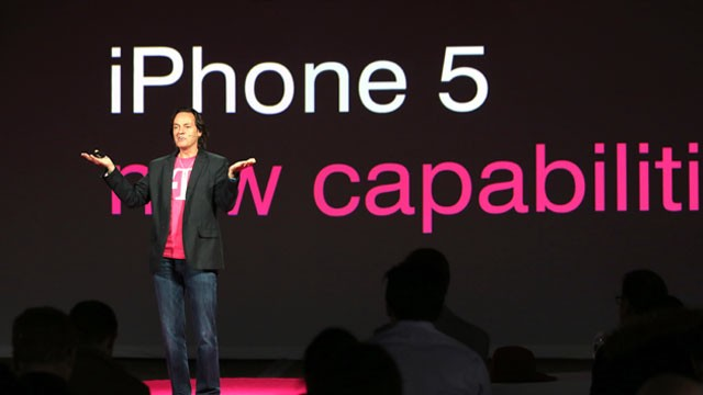 PHOTO: John Legere, CEO and President of T-Mobile USA, makes an announcement during an event about new contract pricing, March 26, 2013, in New York City.