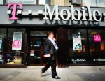 PHOTO: T-Mobiles Simple Choice plans dont require customers to sign a two-year contract.