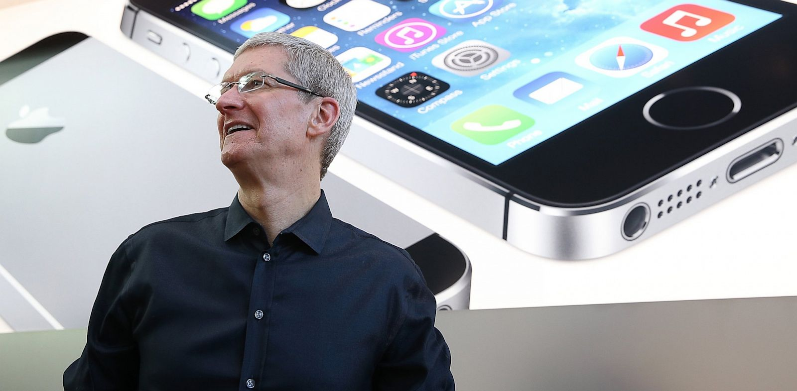 PHOTO: Tim Cook