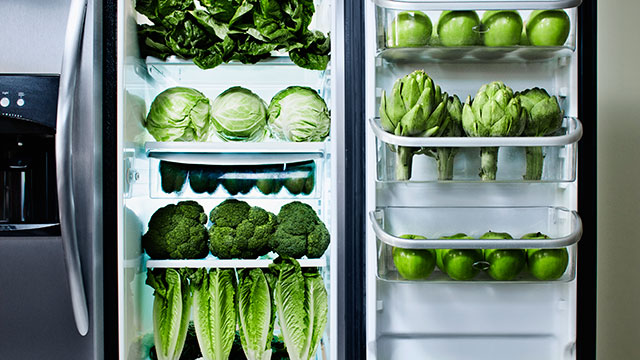 PHOTO: Veggies in your fridge know what time it is.