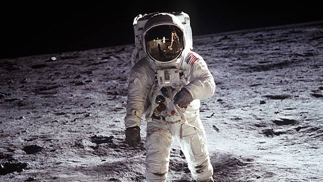 PHOTO: Buzz Aldrin on the moon