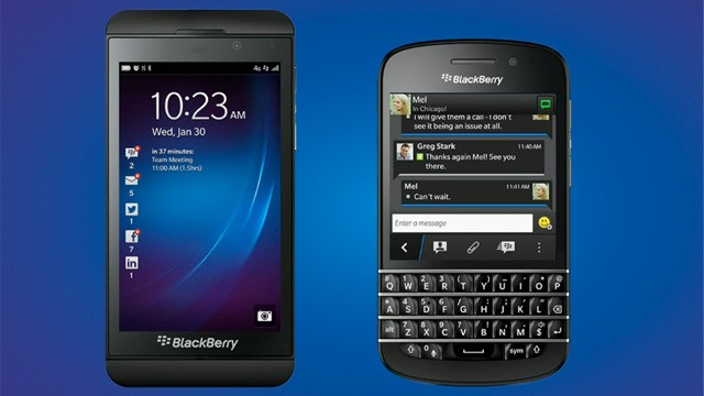 PHOTO: BlackBery's new Z10 and Q10