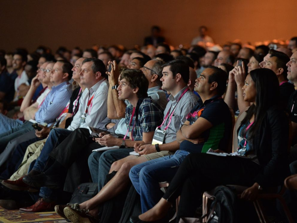 PHOTO: Cyber security researchers at Black Hat USA 2015 watch a presentation on vehicle hacking Aug.5, 2015.