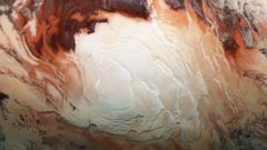 Shades of Red at Mars' South Pole