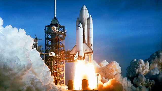 PHOTO: Space shuttle Columbia lifts off from Kennedy Space Center's ocean side launch pad, April 12, 1981 in Florida.