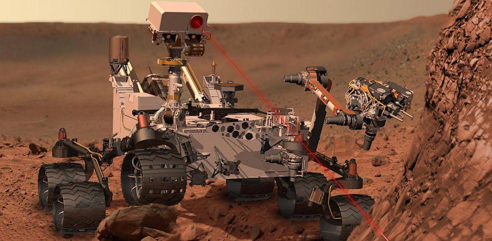 PHOTO: Curiosity Mars rover