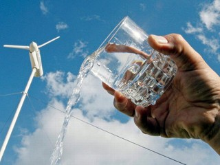 Wind Turbine Creates Fresh Water Out of Thin Air