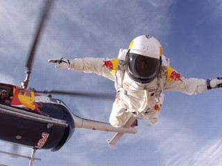 Skydiver Preps for 23-Mile Jump