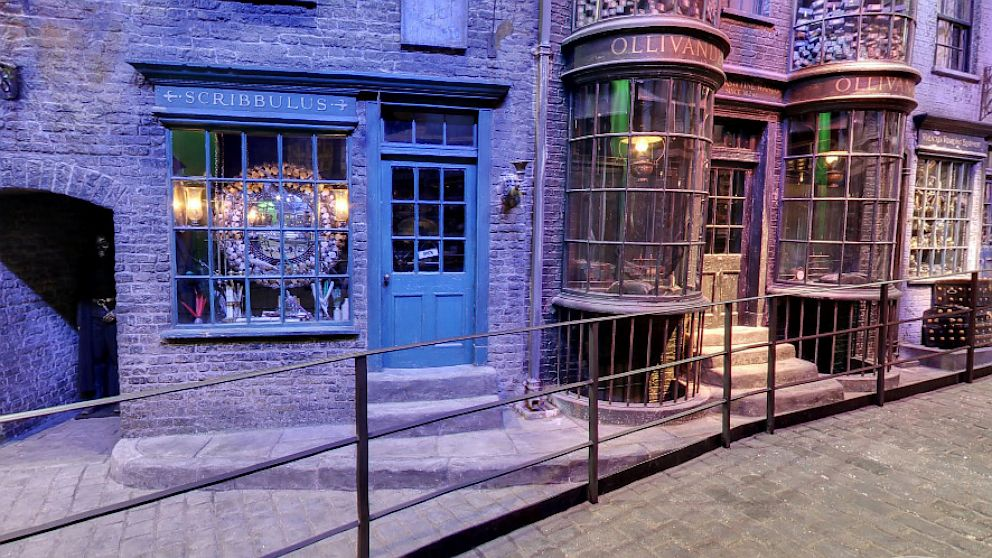 PHOTO: The shops of Diagon Alley from Harry Potter are now on Google Maps' Street View.