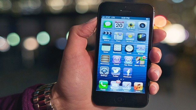 PHOTO:&nbsp;Apple's iPhone 5.