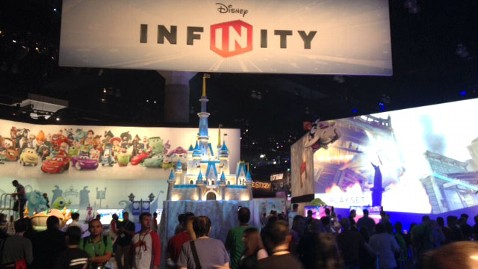ht infinity 1 nt 130612 wblog Disney Infinity Puts Real Life Toys Into Your Xbox, Wii or PlayStation Game