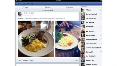 PHOTO: Facebook's iPad app was built for the bigger screen.