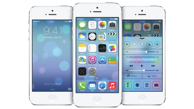 PHOTO: Apples iOS 7 has a completely