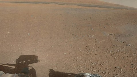 ht mars rover jef 120809 wblog Nightline Daily Line, Aug. 9: Curiosity Snaps Color Photo of Mars
