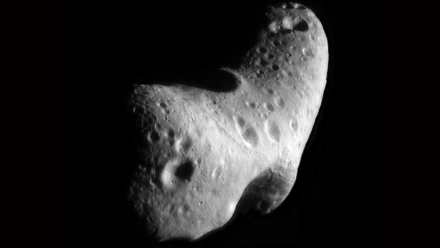 PHOTO: Asteroid Eros