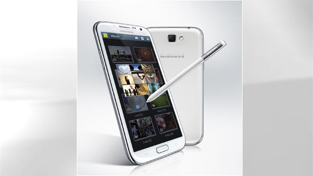 PHOTO: Samsung's Galaxy Note 2 has a built-in stylus and a large 5.5-inch display.