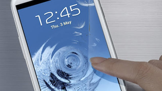 PHOTO: Samsung's Galaxy S III pictured.