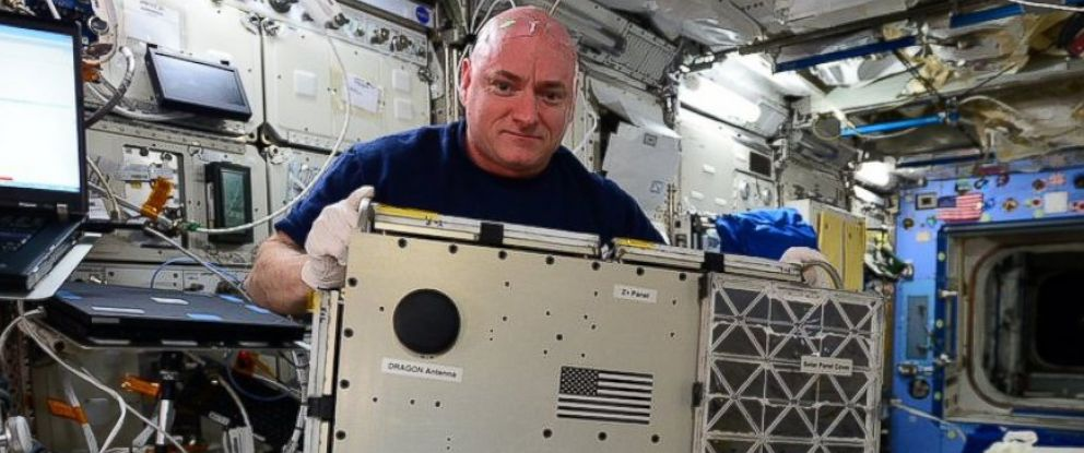 PHOTO: Scott Kelly is pictured in a photo posted to his Twitter account on Jan. 27, 2016.