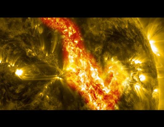Solar Filament Eruption Creates 'Canyon of Fire'