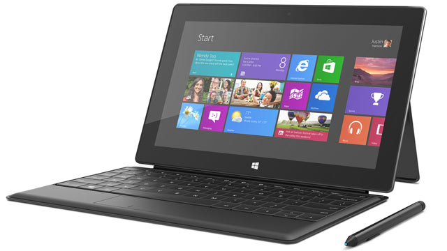 PHOTO: Microsofts $899 Surface Pro comes with a stylus and keyboard.