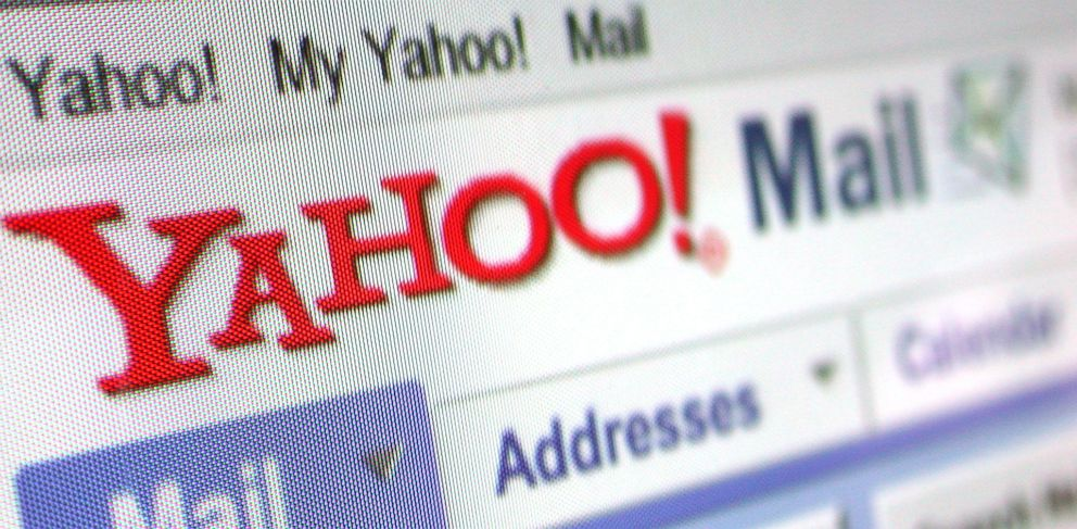 PHOTO: Yahoo! Mail is shown on a computer screen in this June 15, 2004 photo.