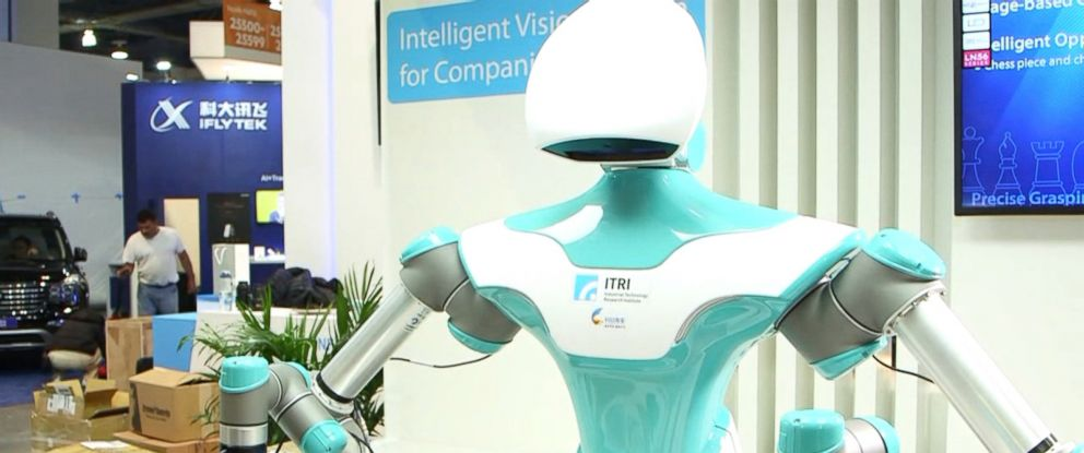 PHOTO: Taiwans Industrial Technology Research Institute revealed on Monday a new companion robot that plays Scrabble with anyone willing to take on the challenge.