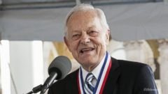 VIDEO: Face the Nation Anchor Bob Schieffer Tribute
