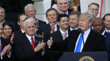 'VIDEO: This Week 12/24/17: Will GOP Tax Plan Help or Hurt GOP in 2018?' from the web at 'http://a.abcnews.com/images/ThisWeek/171224_tw_full_16x9_384.jpg'