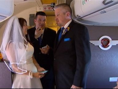 Couple Gets Married on Southwest Flight