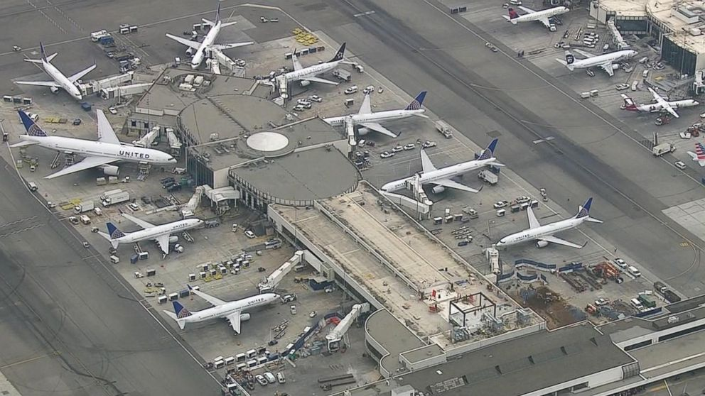 Good Morning America United Airlines : United airlines flights cleared for takeoff after early