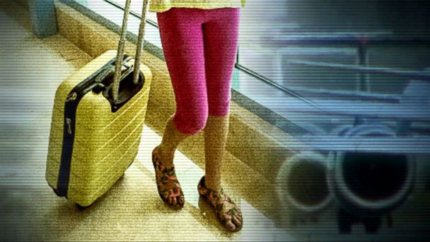 VIDEO: United Airlines responded to criticism it received on Sunday after it barred two teenage girls from boarding a flight because they were wearing leggings.