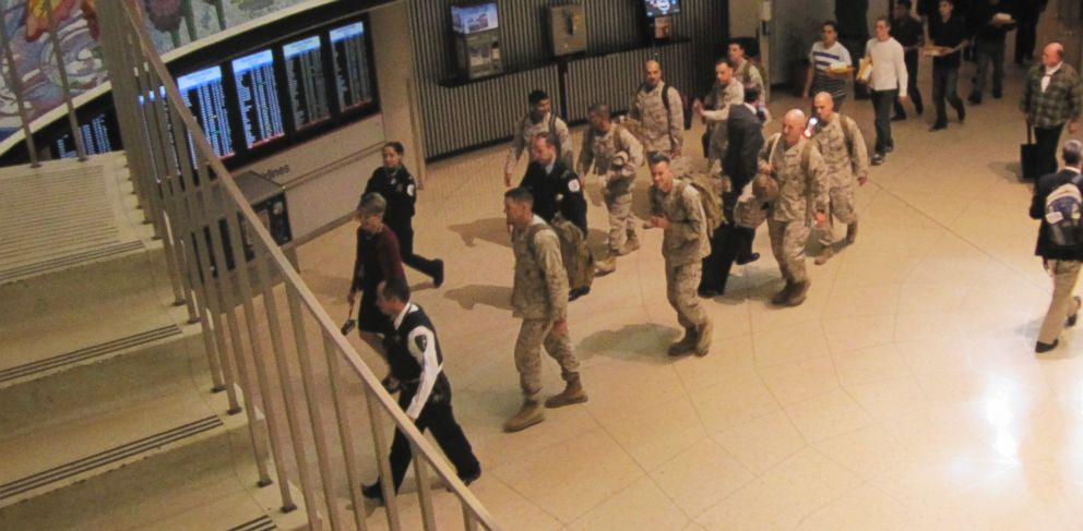 PHOTO: Seven first-class passengers gave up their seats recently so that 14 Marines returning from Afghanistan could sit together.