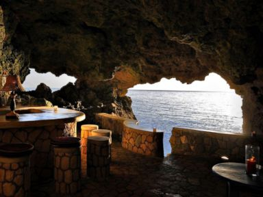 Photos: Crazy Jamaican Cave Hotel