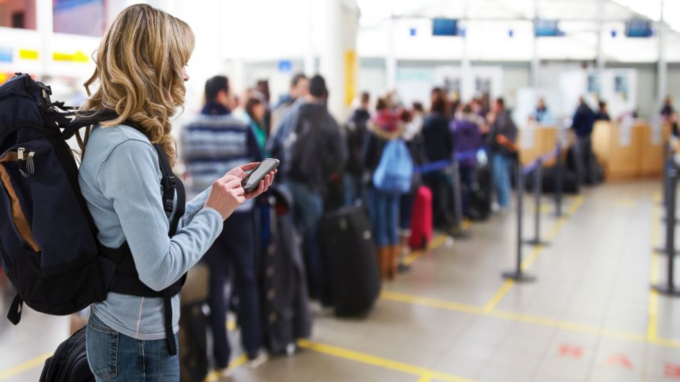 abcnews.go.com - Larger crowds get a head start on this year's Thanksgiving travel