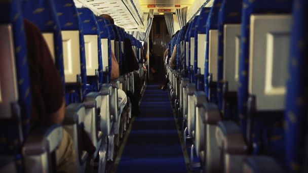 http://a.abcnews.com/images/Travel/GTY_crowded_plane_cabin_jt_140828_16x9_608.jpg